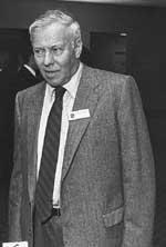 Alan Truscott